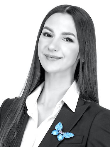 Elena Tomson